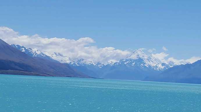 Travel Blogs on Lake Pukaki with Mount Cook
