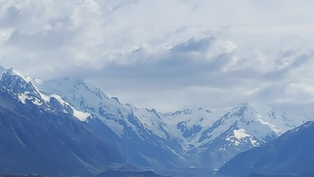 Rendezvous with towering Mount Cook in New Zealand