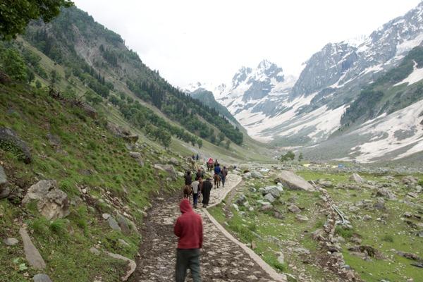 Travel Blogs on Glacier Sonmarg Gulmarg, Leh Ladakh