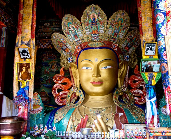 Travel Blogs on Maitreya Buddha Pangong Lake