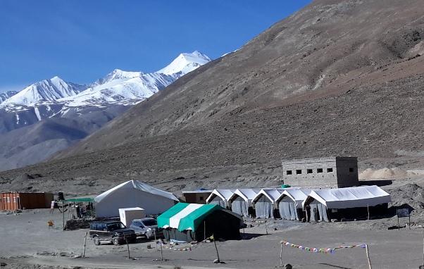 Travel Blogs on Tents at Pangong Lake